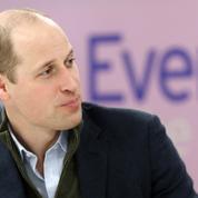 Le prince William confie avoir anonymement conseillé des Britanniques en détresse par SMS