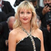 Angèle révèle le nom de sa compagne dans un coming out Instagram