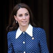 Le col pelle à tarte, ustensile vestimentaire préféré de Kate Middleton