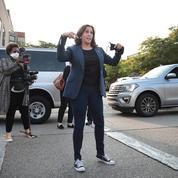 Les Converse, l'arme politique de Kamala Harris ?