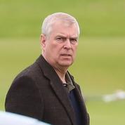 Le prince Andrew a retrouvé Elizabeth II pour une réunion de crise sur l'affaire Epstein