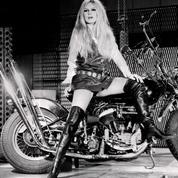 Les cuissardes mythiques de Brigitte Bardot relancées par Roger Vivier