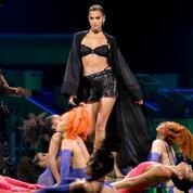 Demi Moore, Paris Hilton, Irina Shayk... Les premières photos du défilé lingerie Savage x Fenty de Rihanna