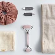 Rouleau de massage, bandeau… Zara surprend avec un kit beauté