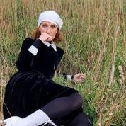 Pèlerine dans les champs, Céline Dion vous envoie