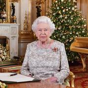 Confinée à Windsor, Elizabeth II élargit sa