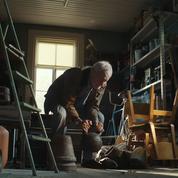 Le grand-père qui fait de la muscu : encore une vidéo de Noël qui va vous faire pleurer