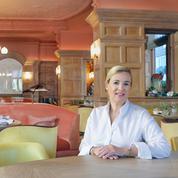 Hélène Darroze et Clare Smyth, deux femmes chefs triplement étoilées, une première dans l'histoire du Guide Michelin