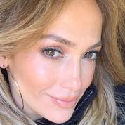 Accusée de faire des injections de Botox®, Jennifer Lopez remet une internaute à sa place