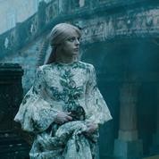 Les cheveux roses, stars du court-métrage Dior haute couture printemps-été 2021