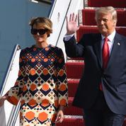 Et pendant ce temps-là, Melania Trump arrive en Floride en icône