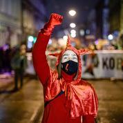 IVG : les Polonaises manifestent pour rétablir leurs droits à l'avortement