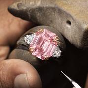 Harry Winston sertit son diamant rose à 44,3 millions d'euros sur une bague d'exception