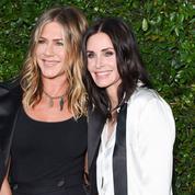 Cette vieille photo de Courteney Cox et Jennifer Aniston qui rappelle les années