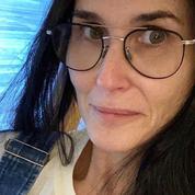 Demi Moore ou l'amour des selfies sans maquillage (mais avec lunettes)