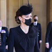 Funérailles du prince Philip : sublime Kate Middleton en noir, les perles de la reine autour du cou