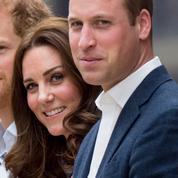 Le petit pas en arrière de Kate Middleton qui a permis aux princes William et Harry de se parler aux funérailles du prince Philip
