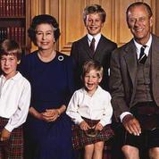 L'album photo de la reine Elizabeth II avec ses petits-enfants