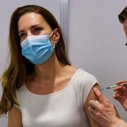 Kate Middleton s'est fait vacciner contre le Covid-19 en jean et tee-shirt