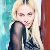 Madonna pose dans une nouvelle création signée Jean Paul Gaultier