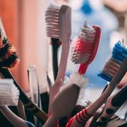 À quelle fréquence faut-il changer sa brosse à dents ?