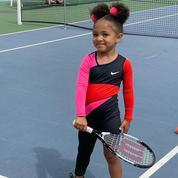La fille de Serena Williams porte la mémorable combinaison dans laquelle sa mère a brillé à l'Open d'Australie