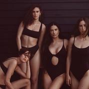 Demi Moore et ses filles posent sculpturales en maillots de bain