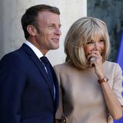 Le couple Brigitte et Emmanuel Macron :