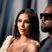 Kim Kardashian surprise en train d'