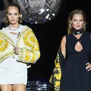Kate Moss et sa fille Lila Grace, Amber Valletta… Le défilé plein de surprises de la collaboration Fendi et Versace