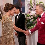 Quand 007 rencontre la duchesse en or : les photos de la folle avant-première de