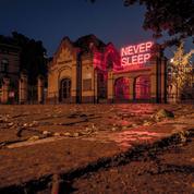 La Nuit Blanche de Tim Etchells, Castelbajac au Centre Pompidou, la double vie de Vivian Maier... Nos 5 incontournables culturels