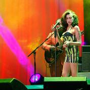 La minirobe que portait Amy Winehouse pour son dernier concert est vendue aux enchères, ainsi que 800 autres objets personnels