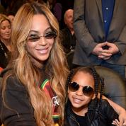 En vidéo, Beyoncé, Jay-Z et Blue Ivy plus unis que jamais sur la banquette arrière d'une Rolls pour Tiffany & Co.