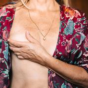 Cancer du sein : les gestes à connaître pour s'autopalper efficacement