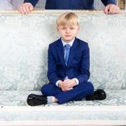 """La photo """"Richie Rich"""" de Jacques de Monaco, 5 ans, dans les salons princiers"""
