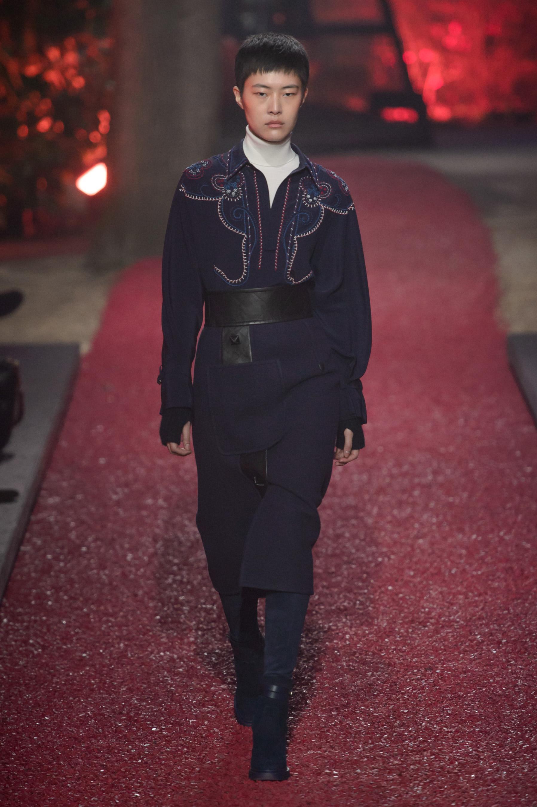 96d4887c307 Hermès Prêt À Porter Automne Hiver 2018 — Sicilfly