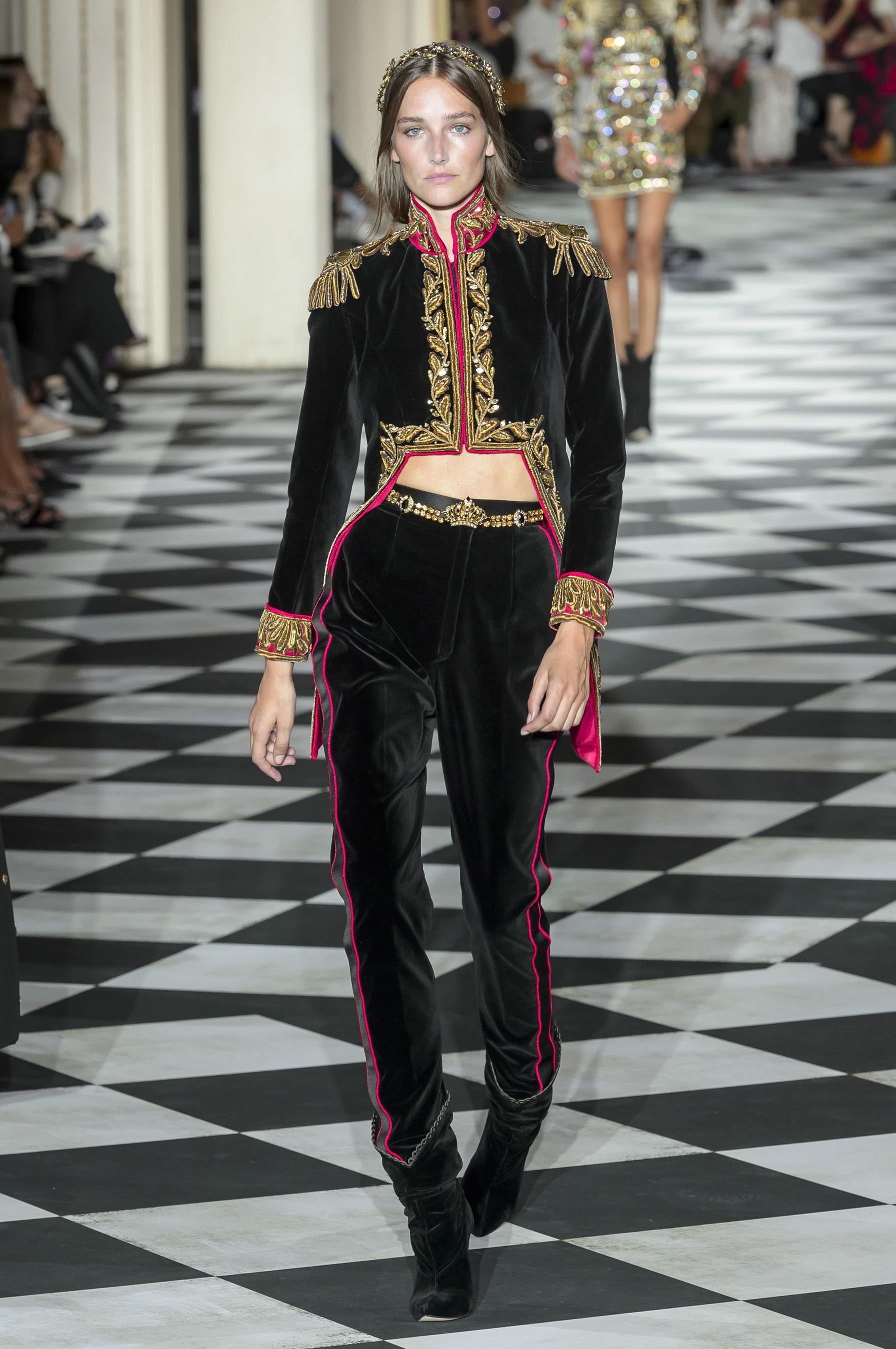 5a2e3fb2196265 Défilé Zuhair Murad automne-hiver 2018-2019 Couture - Madame Figaro