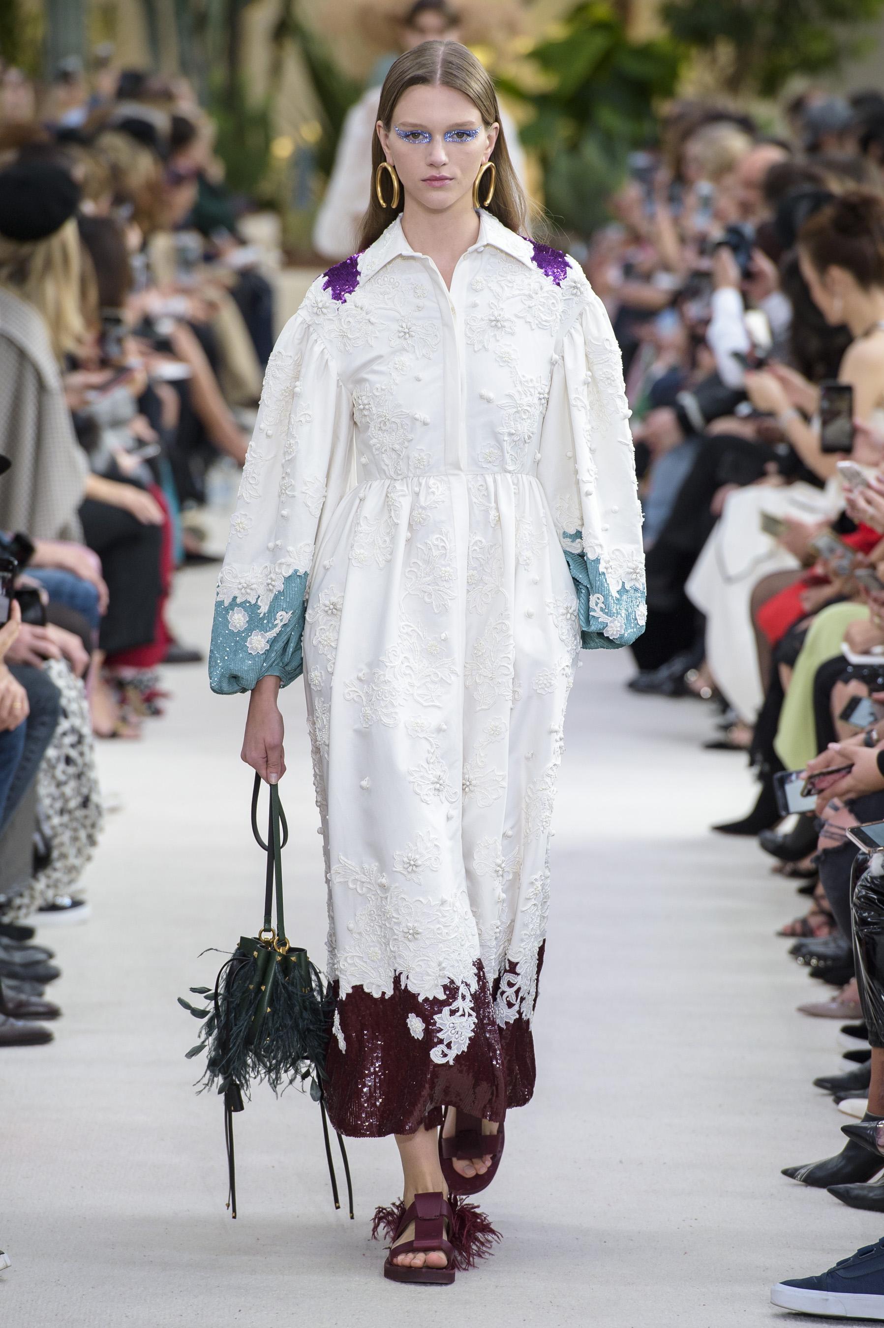 a02d6122639 Défilé Valentino printemps-été 2019 Prêt-à-porter - Madame Figaro