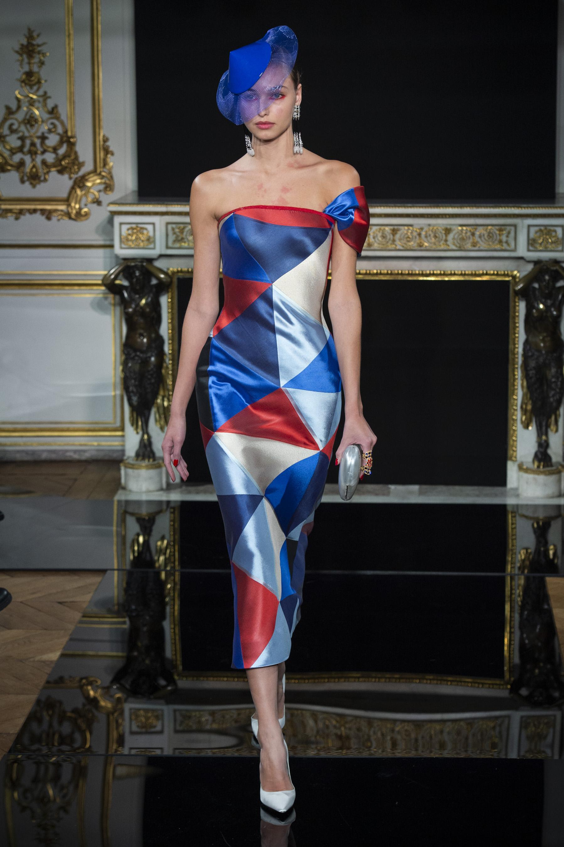Figaro Armani Été Madame Privé Défilé Giorgio Couture 2019 Printemps sdhtrBQxC