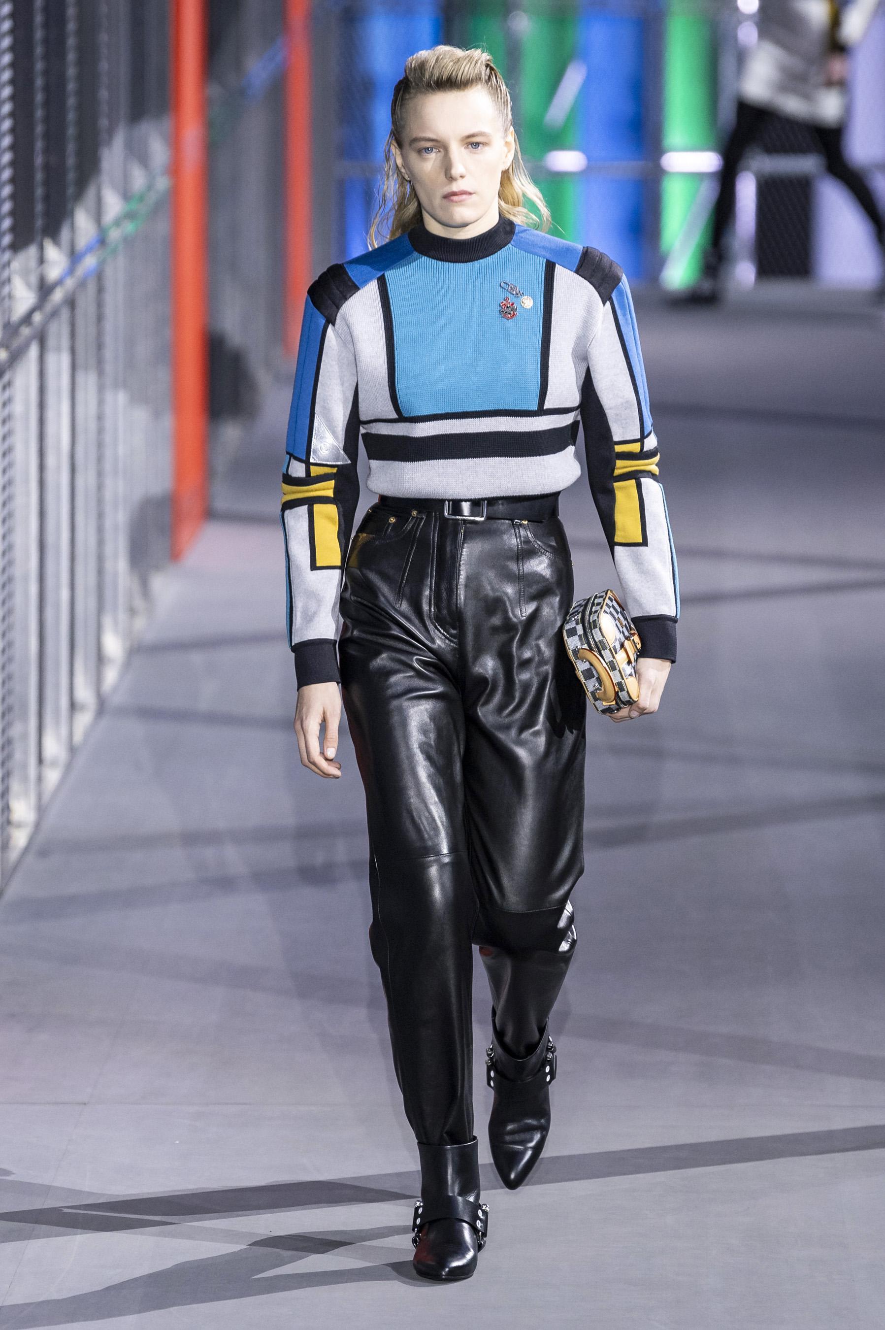 2773afe82df Défilé Louis Vuitton automne-hiver 2019-2020 Prêt-à-porter - Madame ...