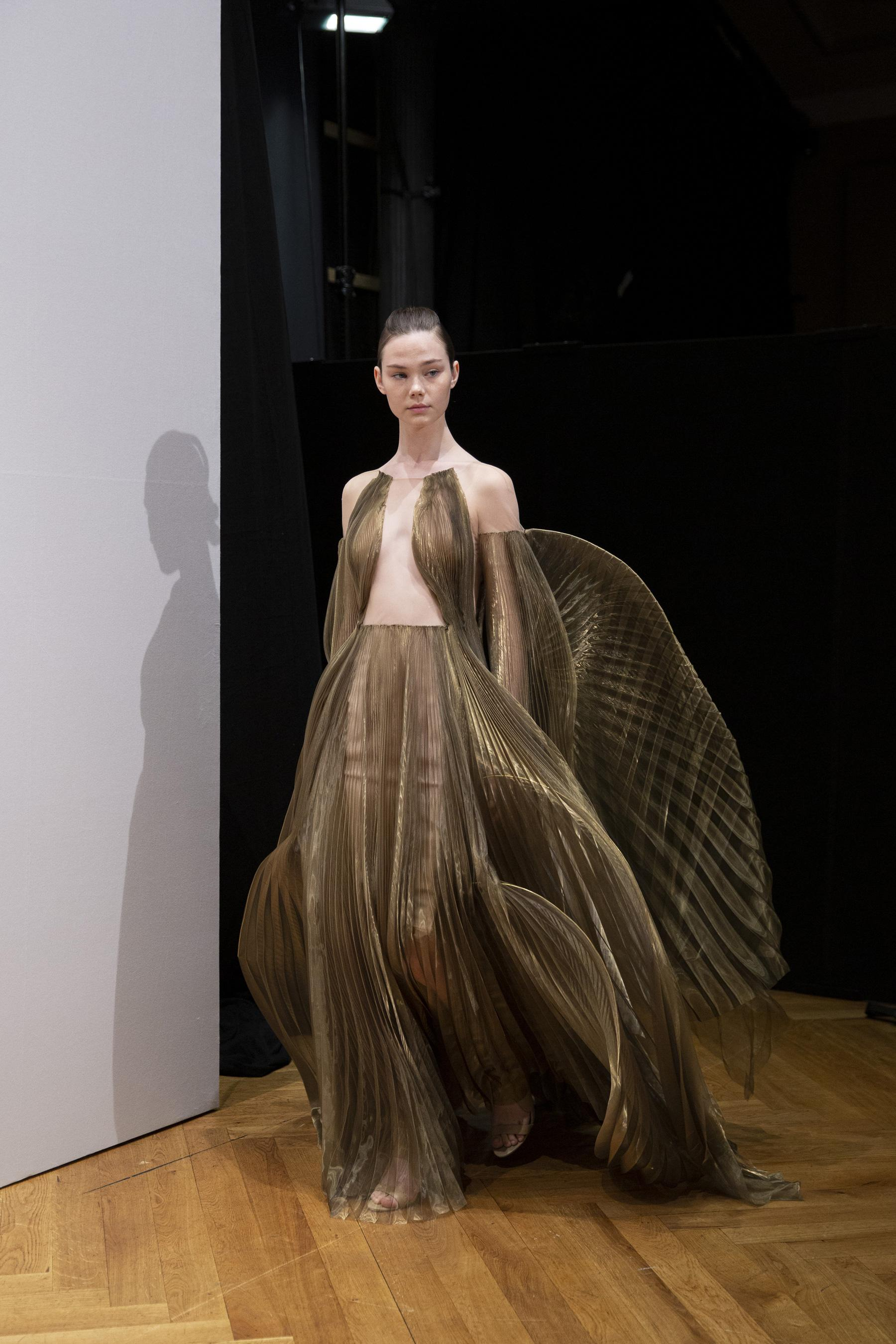 2019 Van Automne Hiver Figaro Iris 2020 Couture Herpen Madame Défilé SpqVGzMLUj