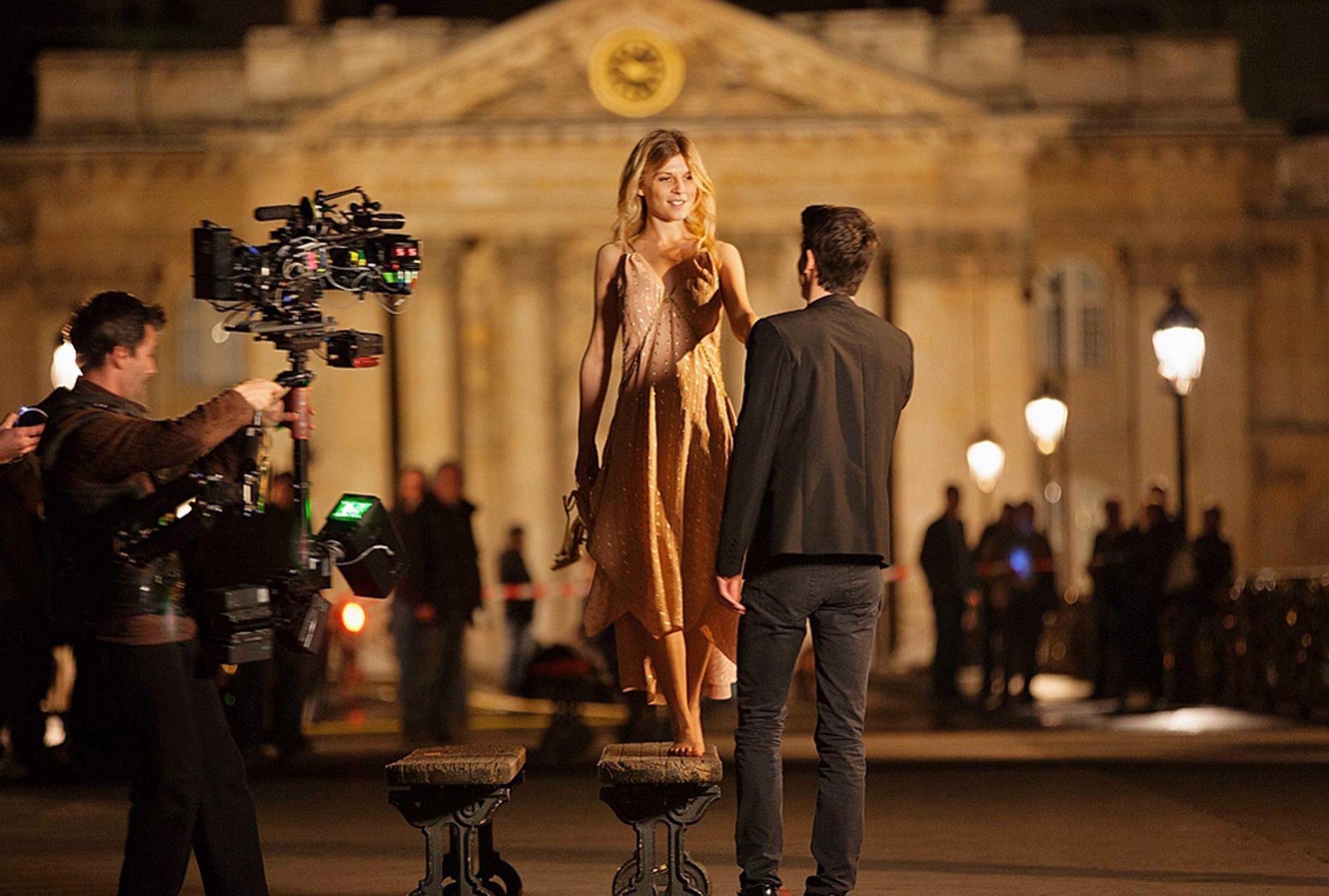 Figaro Clémence Et Mélanie Font Cinéma Laurent Leur Poésy Madame nOkw80PX