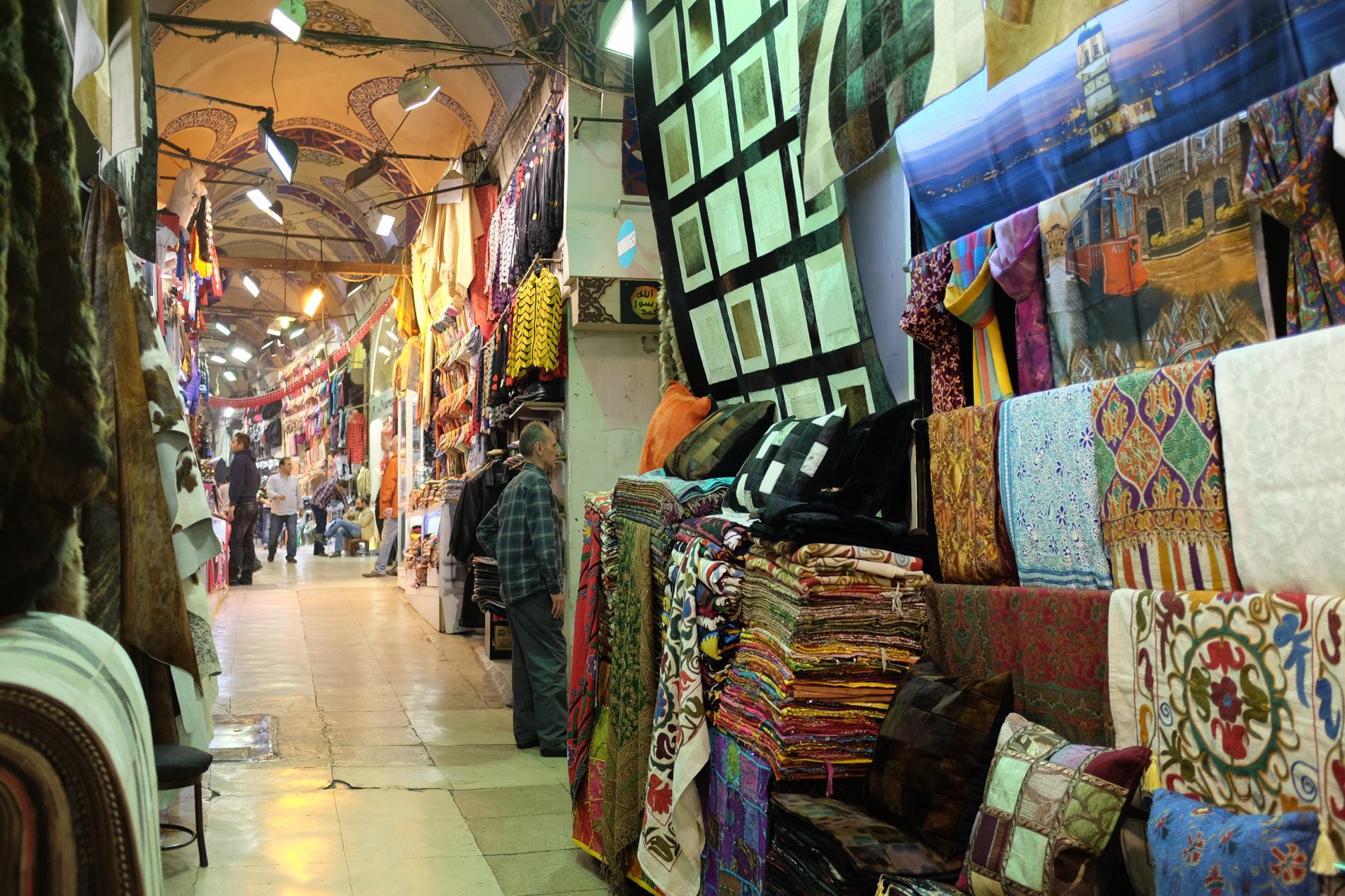 97d6a7b7ccc9 ... Shopping à Istanbul ...