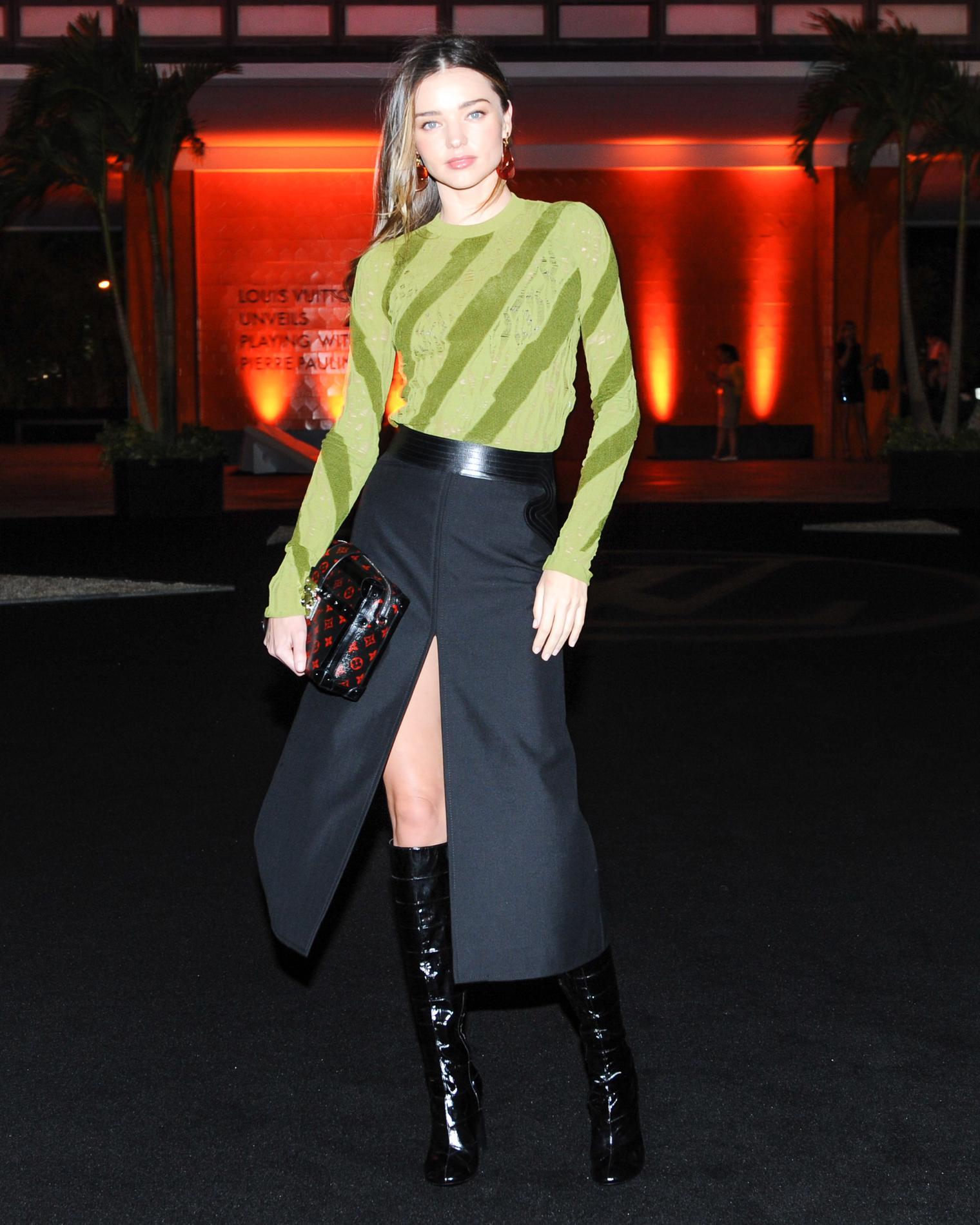 511f107c10d2f8 Bottes : comment les associer à une jupe ? - Madame Figaro