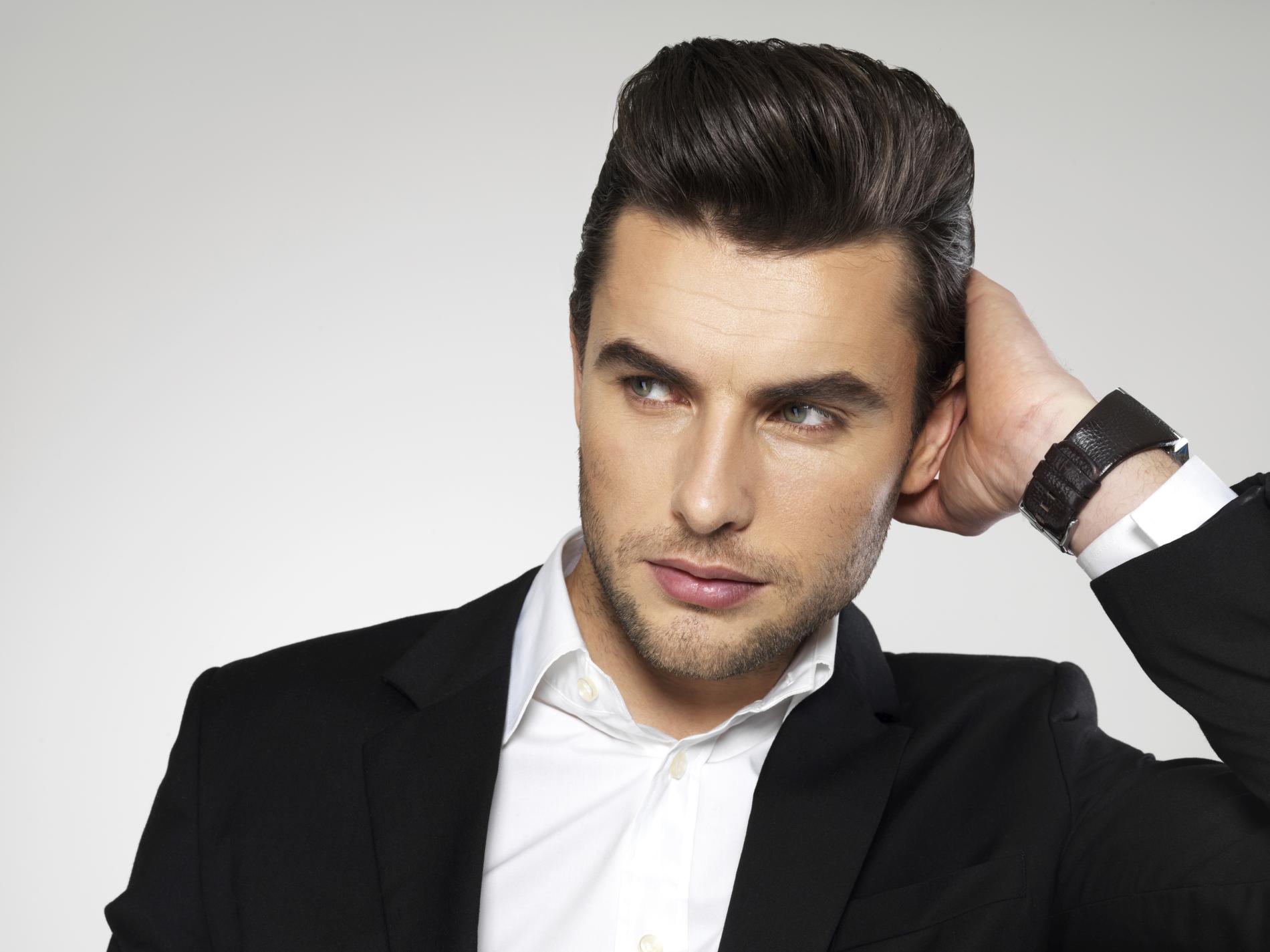 Coiffure masculine pour cheveux longs et Г©pais
