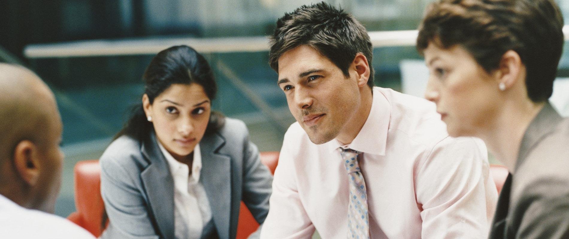 Pourquoi sortir avec votre patron est une mauvaise idée