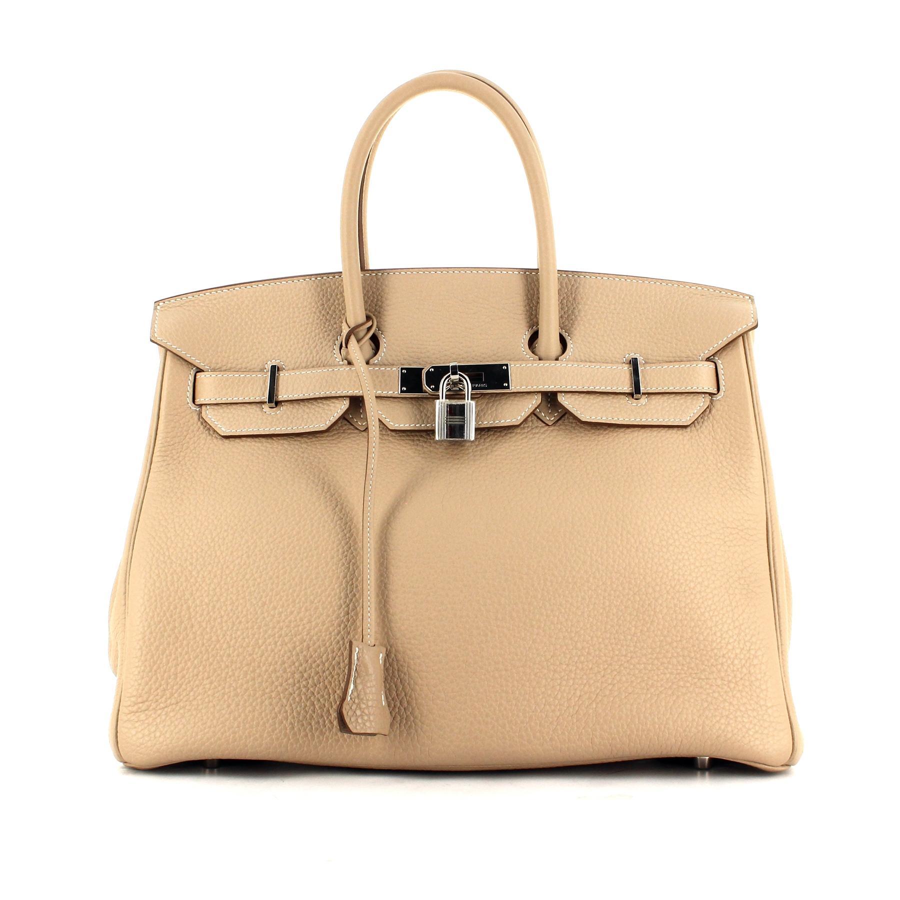 43589c6aa8 Pourquoi les objets de luxe prennent-ils autant de valeur ? - Madame ...