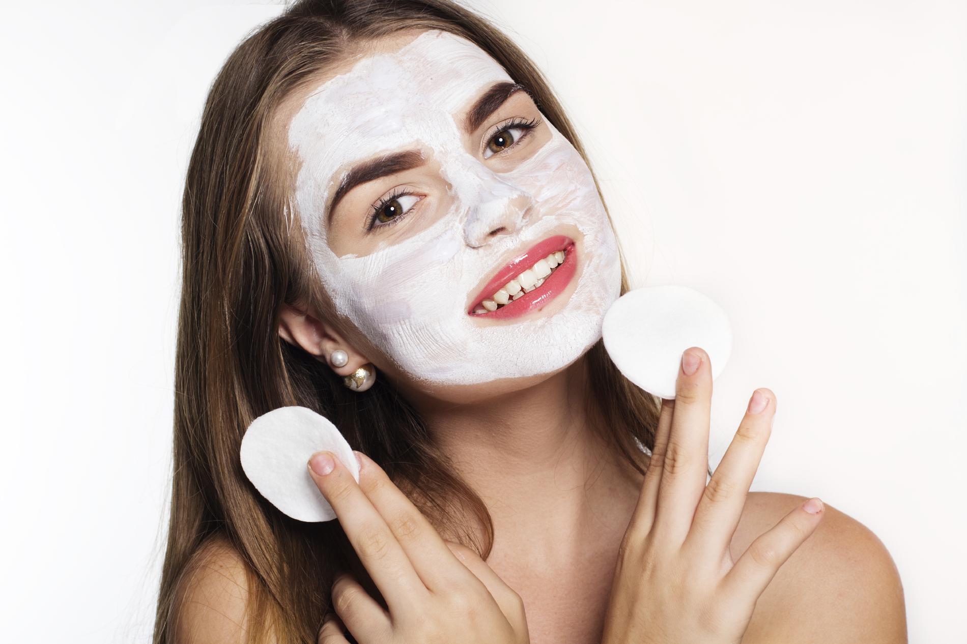 Nettoyer Ma Peau Avec Un Masque Visage Maison Madame Figaro