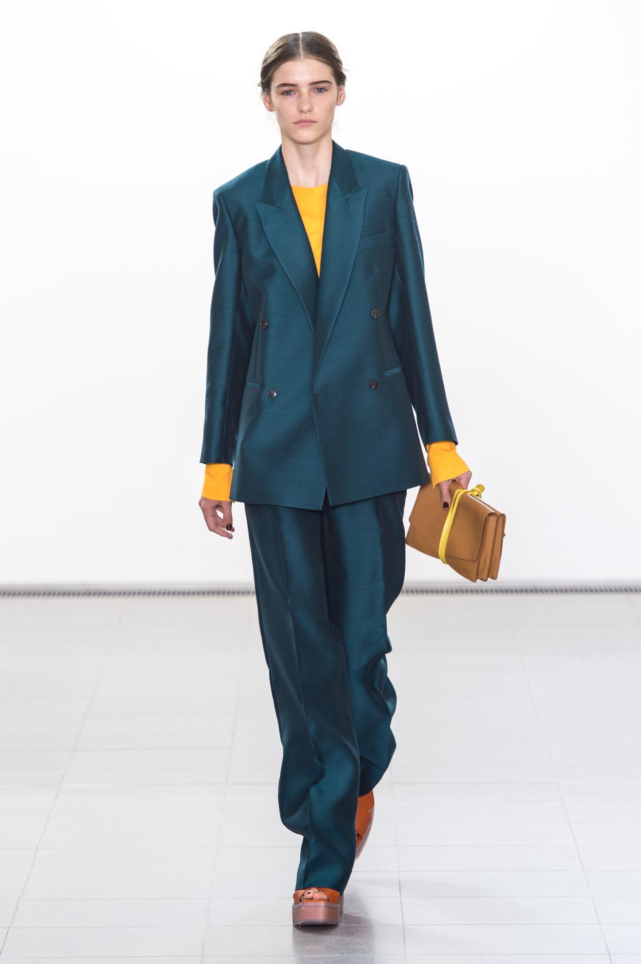 15c82c182c7 L obsession mode de la semaine   le petit sac à l épaule de Gucci ...